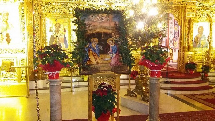 Με λαμπρότητα τελέσθηκε η Θεία Λειτουργία των Χριστουγέννων στον Ιερό Καθεδρικό Ναό Παναγίας Ελευθερωτρια