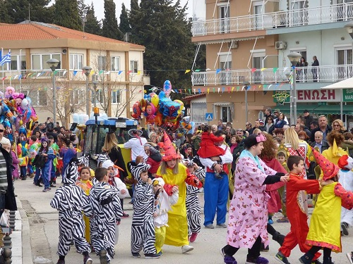 Φέρες: Στο επίκεντρο και φέτος με μεγάλη καρναβαλική παρέλαση (φώτο).