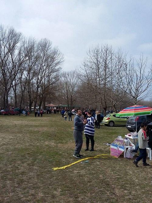 Καστανιές: Μαζεύεται ο κόσμος για να γιορτάσει τα κούλουμα (φώτο)