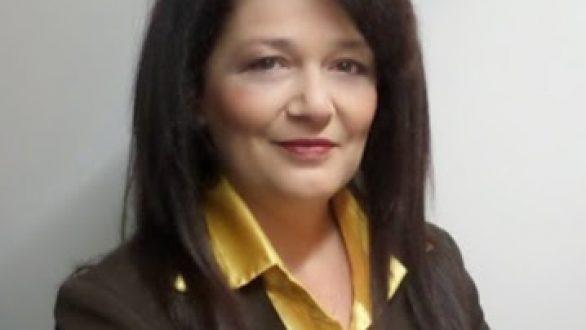 Απέσυρε την υποψηφιότητα της η Βάγια Καραφεΐζη